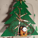 Een kerstboom met LEDs en een ATTiny85