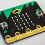 Review van BBC Micro:bit door MakeUseOf.com